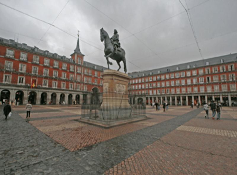 Viaje escolar fin de curso en Madrid: Barrio de los Austrias