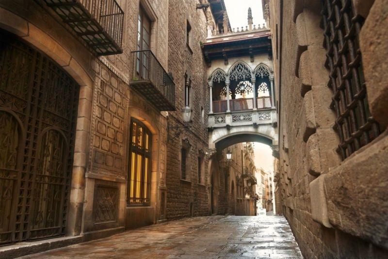 Fin de curso náutico en Salou: Barrio Gótico de Barcelona