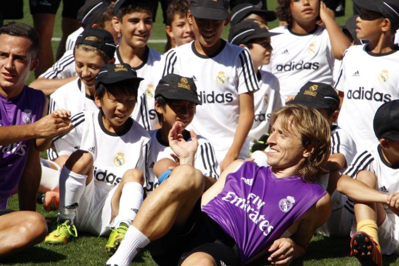 Campus Experience Fundación Real Madrid Fútbol Interno: Visita Jugadores