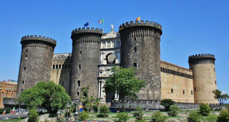 Viaje fin de curso a Italia: Castillo de Nápoles