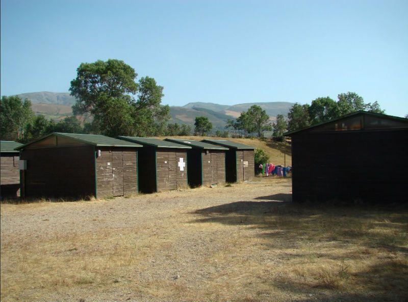 Campamento Multiaventura en Barco de Ávila: Cabañas