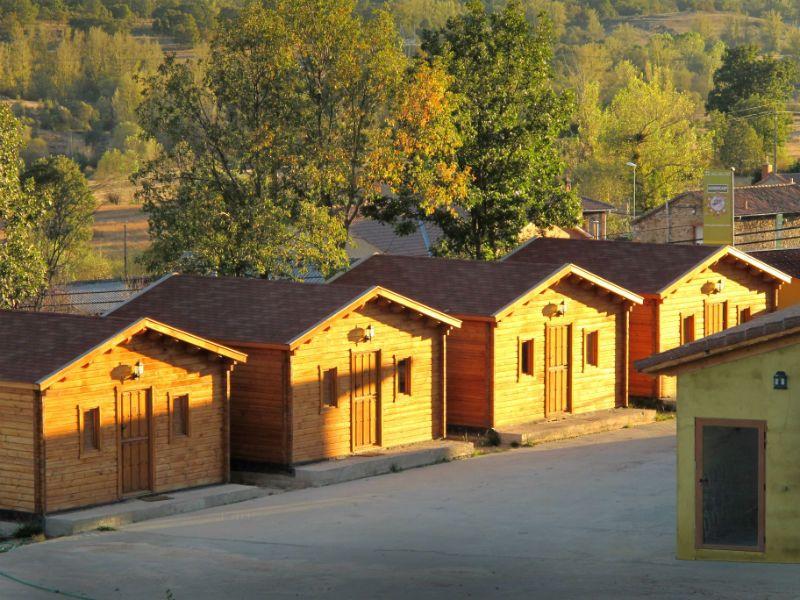 Viaje escolar de esquí con inglés en Cantabria: Alojamiento en cabañas