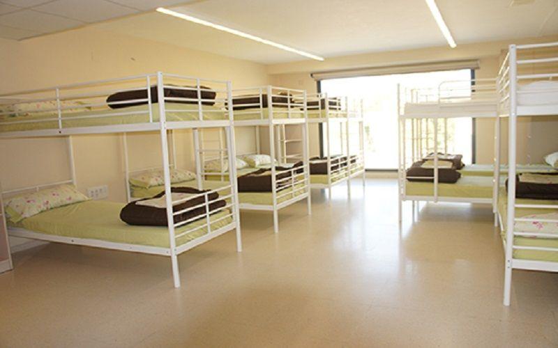 Campamento Náutico bilingüe en Oliva, Valencia: Habitaciones Apartahotel