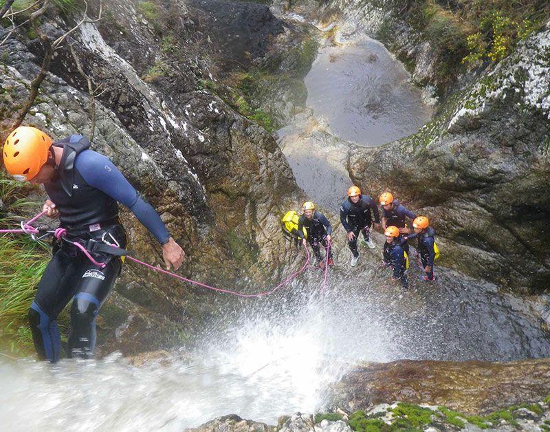 Viaje fin de curso a Cantabria - Multiaventura: Descenso de barranco