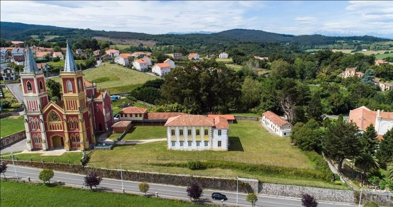 Viaje fin de curso a Cantabria - Multiaventura: Albergue de Cóbreces